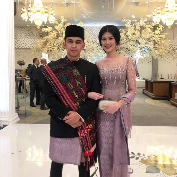 10 Potret Naga Lyla & Istri di Usia Pernikahan ke-7, Selalu Mesra!