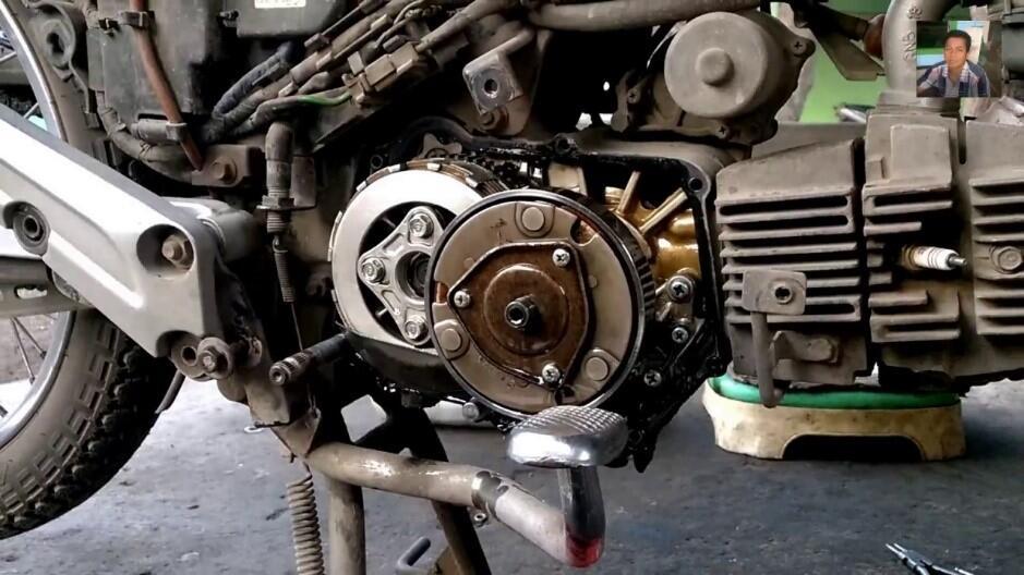 Begini Susah dan Senangnya Jadi Pengendara Motor, No 3 Ngenes Banget Gan!