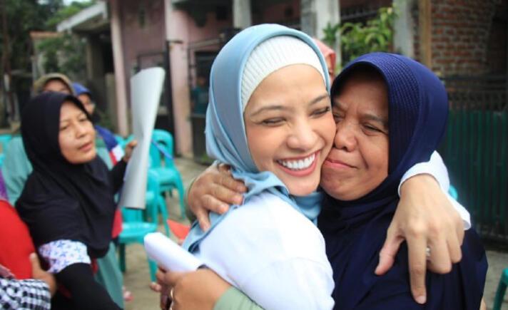 Kasihan, Karena Bercadar Ibu Ini Dicurigai Teroris Membawa Bom Bunuh Diri