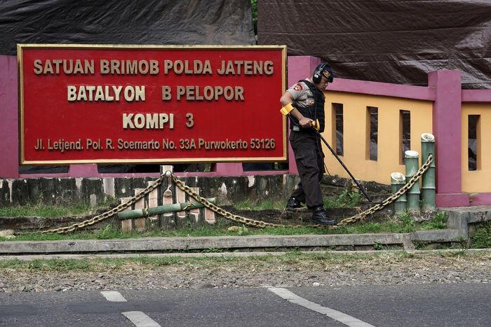 Misteri penembakan Mako Brimob Purwokerto