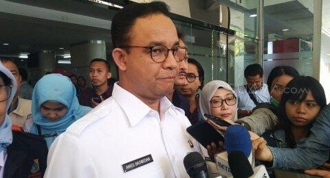 Petisi Copot Gubernur DKI, Anies: Dicaci Tak Tumbang, Dipuji Tak Terbang