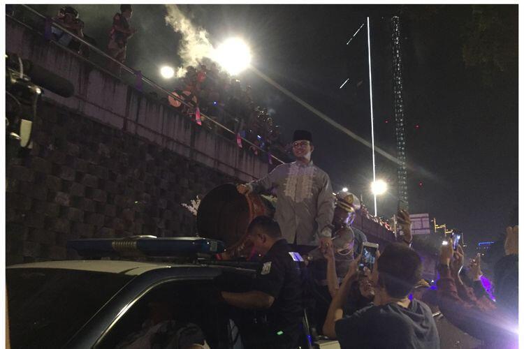 Saat Gubernur DKI Takbir Keliling, Jakmania Tagih Janji Bangun Stadion