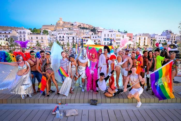 Ibiza, Pulau yang Dinobatkan sebagai Surga Nyata di Dunia