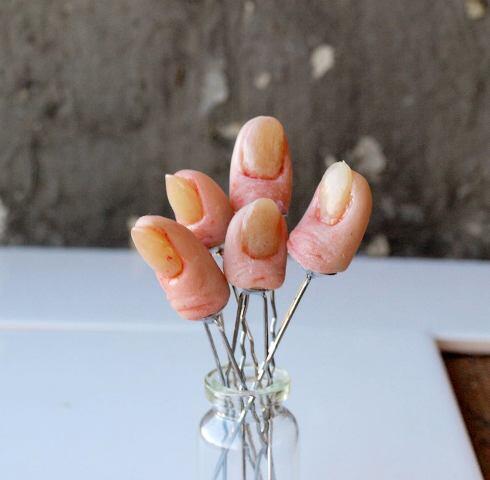 Wanita Ini Lebih Terangsang Dalam Seni Polymer Creepy (Ada Bayi Kepala Dua Gan)