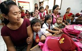 Heboh Wali Murid Rebutan Bangku Sekolah Di Hari Pertama Sekolah