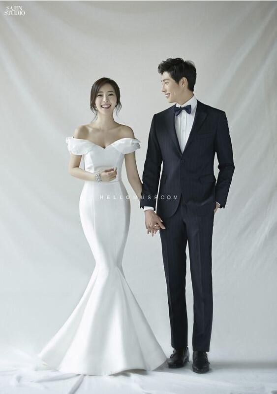 Foto Pre-Wedding Indoor Sangat Minimalis Untuk Pasangan Korea