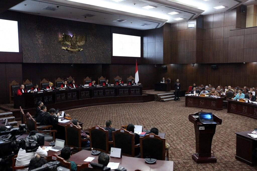 Saksi Kubu Prabowo Berstatus Terdakwa dan Melanggar Tahanan Kota