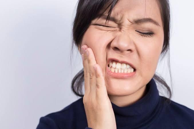 Pilih! Mau Gatal Di Kaki Atau Sakit Gigi