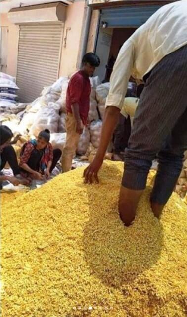 Viral Pengemasan Snack Curah Rasa Daki Yang Menjijikan di India