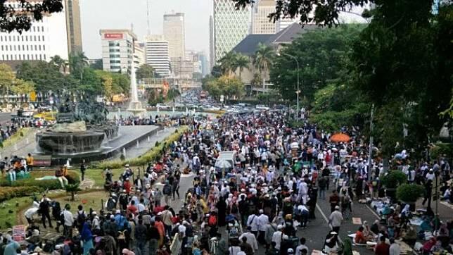 Massa Aksi Kawal MK Sudah Mulai Bubar Dan Kembali Besok