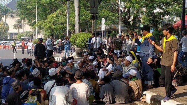 Demo di MK Libatkan Anak-anak, Ormas FPI Cs Disemprot KPAI