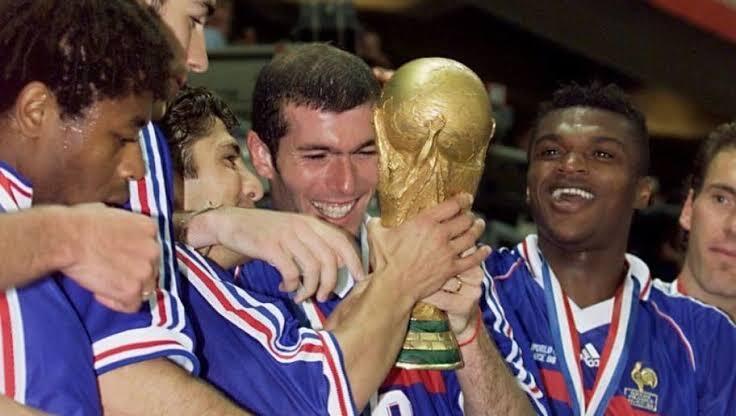 Yakin Masih Ingat? Inilah 5 Moment Bersejarah World Cup 1998, Paling 'Unforgettable'