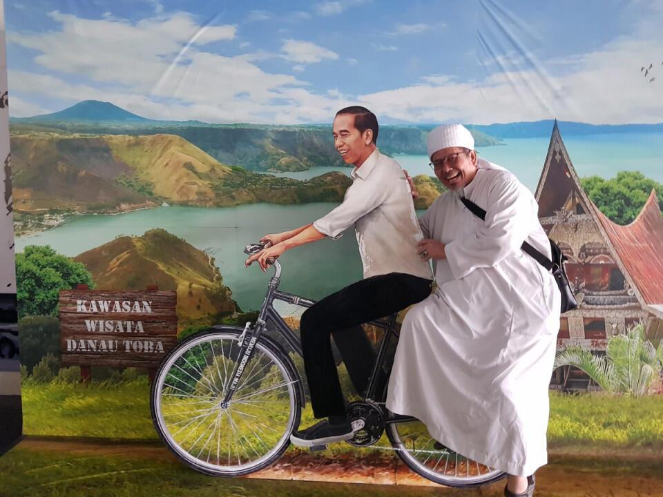 Tengku: Gubernurnya dan Menterinya Pasti Hebat, Nah, Bagaimana dengan...? Malu Ah