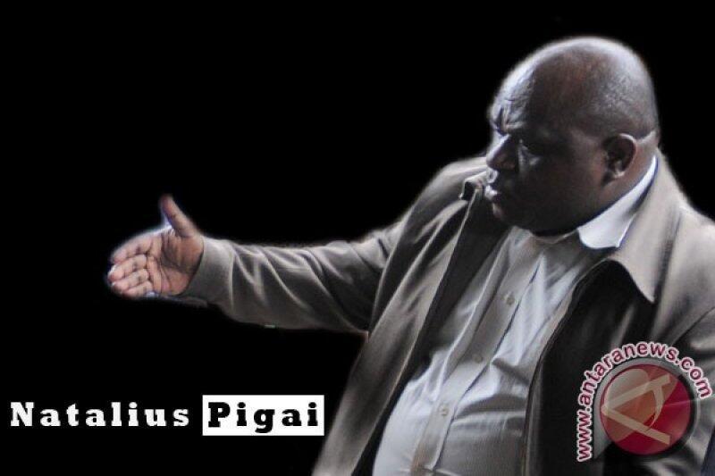 Tak Lolos Seleksi Calon Pimpinan KPK, Pigai: Ada Apa dengan Pansel?