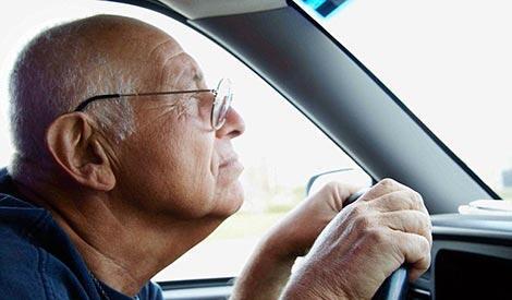 SIM Berlaku Seumur Hidup Bagi Lansia, Wacana atau Mitos, ya?