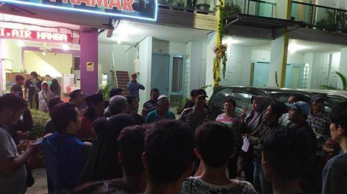 Parah! Aksi Tamu Hotel Beradegan Mesum Terlihat Dari Jendela