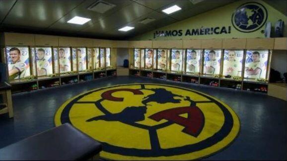 10 Ruang Ganti Sepakbola Terbaik Versi Bolazola