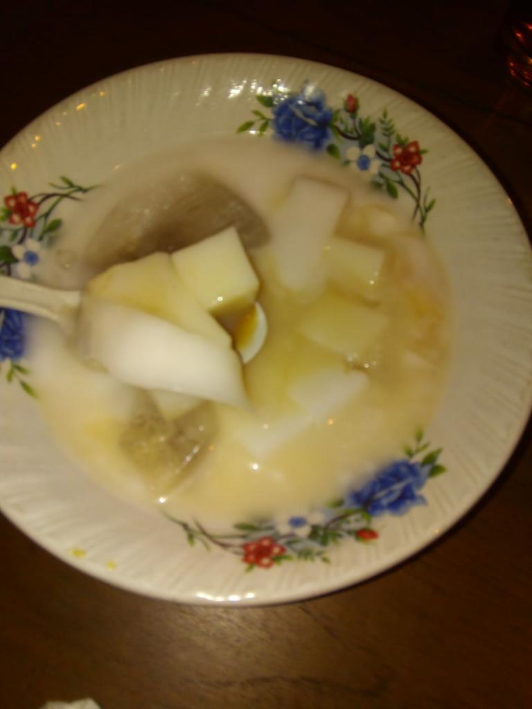 Minuman Segar Dan Bisa Goyang-goyang dari Tanah Sunda, Es Goyobod