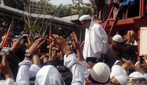 Lima Fakta seputar Isu Kepulangan Habib Rizieq Menurut Munarman