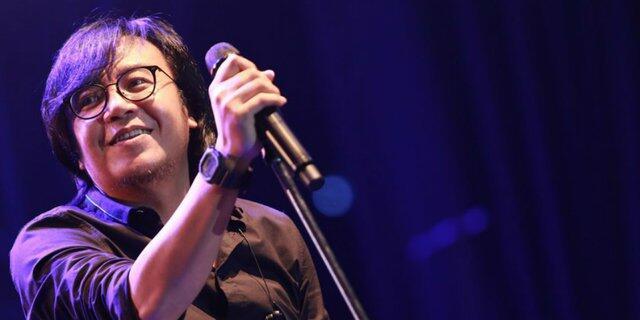 7 Lagu Lawas Indonesia Ini Gambarkan Perasaan Ente yang Masih Sering Ingat Mantan