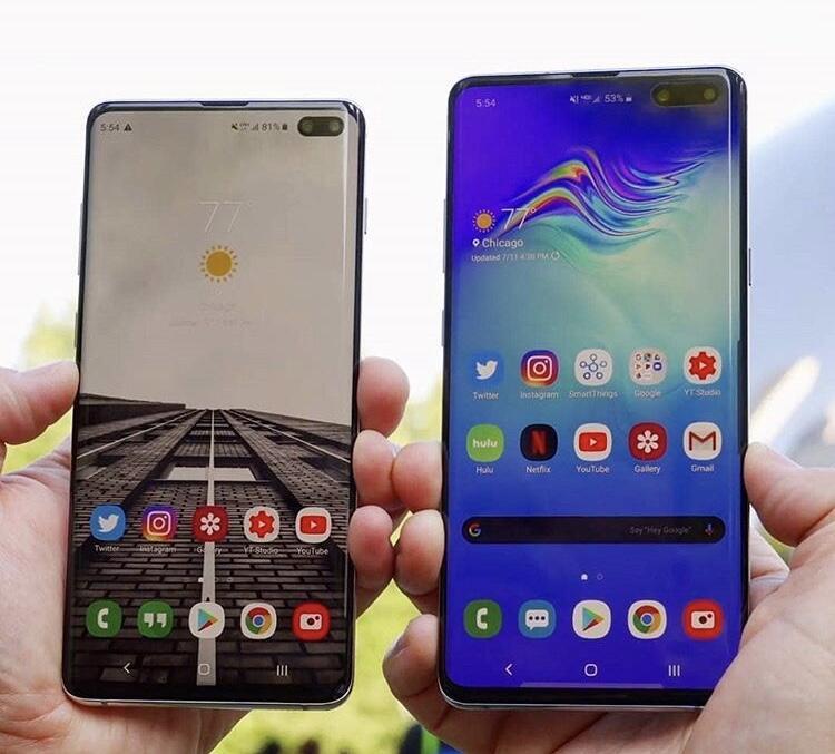 7 Smartphone Canggih dengan Bentuk Super-Duper Aneh