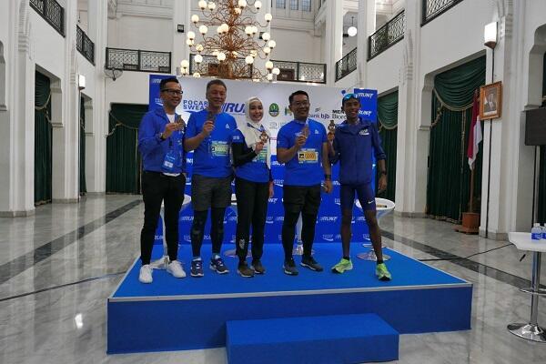 Ribuan Pelari dari Sabang Sampai Marauke Meriahkan Pocari Sweat Run Bandung 2019