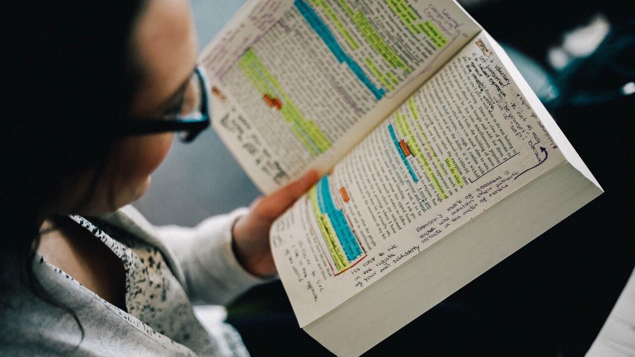Membaca Bukan Lagi Hal Melelahkan Kalau Kamu Mengikuti Tips-Tips Berikut Ini