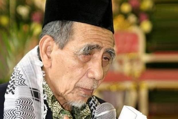 Innalillahi Wa Innailaihi Rojiun KH Maimoen Zubair Wafat di Mekkah