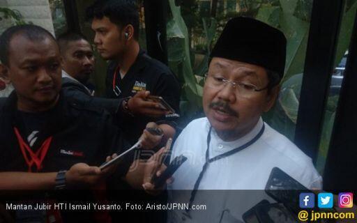 Eks Jubir HTI Minta Presiden Jokowi Mengundurkan Diri