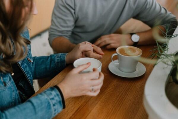 Lakukan 5 Langkah Ini Jika Pasangan Membuatmu Kehilangan Jati Diri