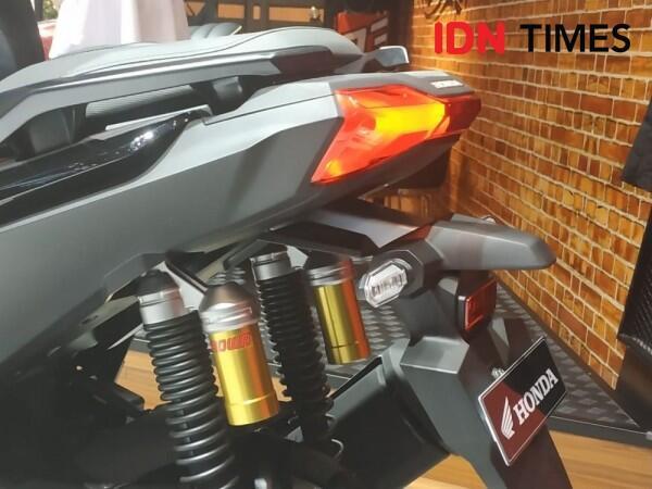 Yamaha NMAX Bukan Saingan Honda ADV 150, Ini 4 Alasannya!