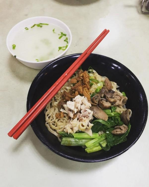 Kamu ke Pasar Baru, Jakarta? 5 Kuliner Legendaris Ini Wajib Dicoba!