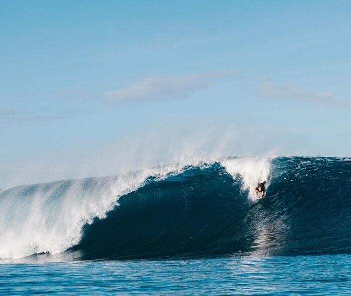 Lompatin Batu Setinggi 2 Meter? Pulau Kembarannya Hawaii? Cuma Ada Di Indonesia!