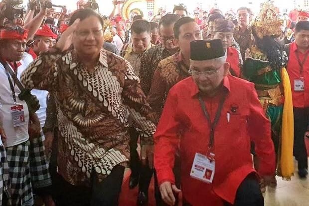 Para Ketum Parpol dan Menteri Kabinet Kerja Hadiri Kongres PDIP