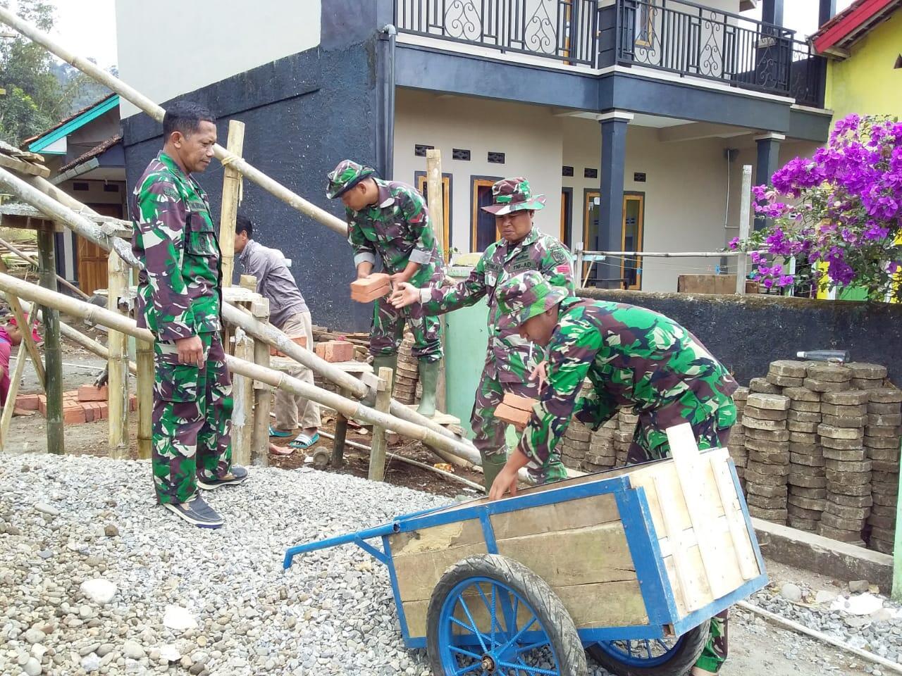 TNI Jadi Inspirasi Warga Argasari