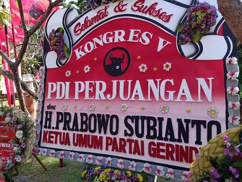 Jelang Kongres V PDIP , Karangan Bunga Dari Prabowo Hiasi Area Kongres