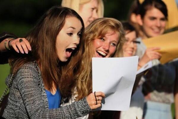 8 Idiom Bahasa Inggris Ungkapkan Rasa Bahagia, Anti Mainstream!