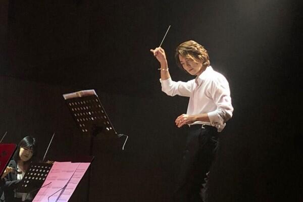 10 Potret Jung Kyung Ho, Komposer di When the Devil Calls Your Name