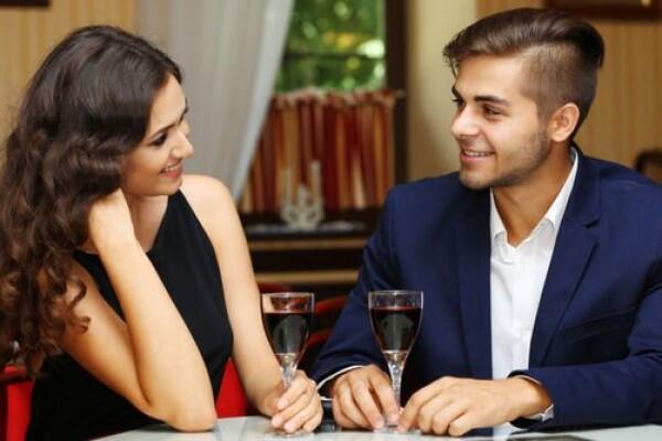5 Hal Ini Akan Kamu Temui Jika Berpacaran dengan Seorang Ambivert