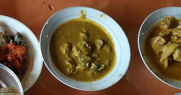 5 Kenikmatan Wisata Kuliner di Rumah Makan Lubuak Lagan, Padang