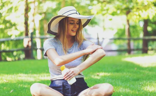 5 Kesalahan Pemakaian Sunscreen Ini Bisa Menyakiti Kulitmu