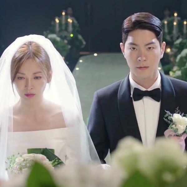 9 Adegan Menikah di KDrama Paling Ikonik, Romantis Hingga Kocak!