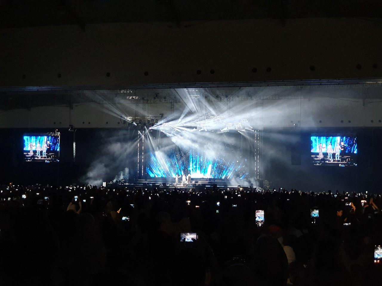 Menjejaki Jalan Kenangan Bareng Westlife di 'The Twenty Tour'