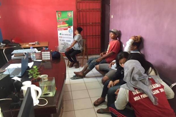 Asyik Ngelem, 5 Remaja Putus Sekolah Diamankan Satpol PP
