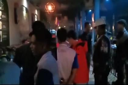 Razia Tempat Hiburan Malam di Kota Kendari Pengunjung Kocar Kacir