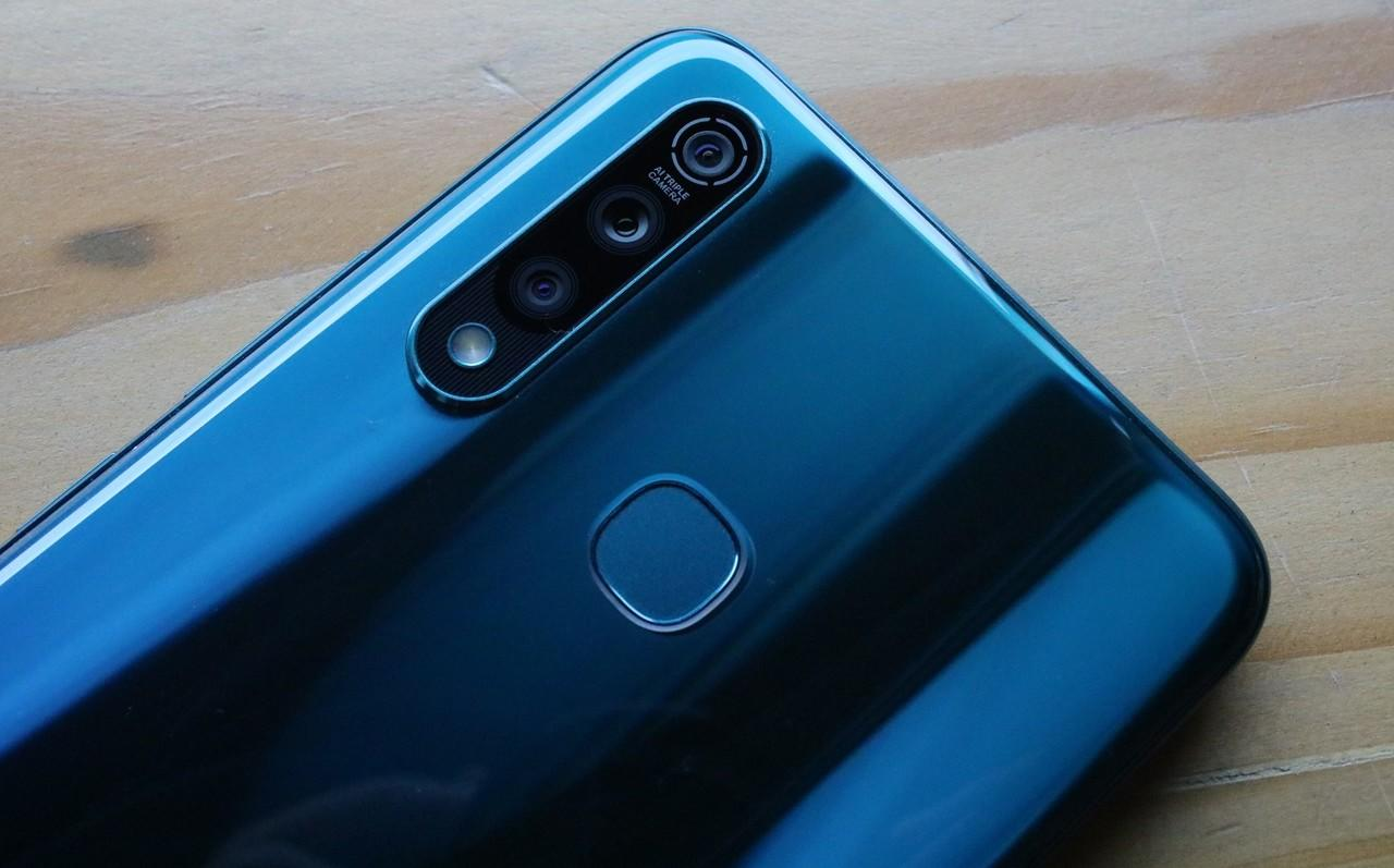 Melihat Wujud Asli 'Si Powerful Inside', vivo Z1 Pro