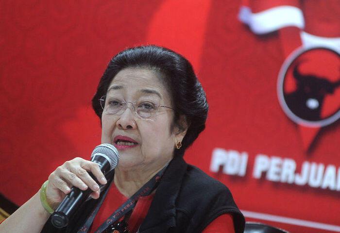 Mega minta kursi terbanyak di kabinet, Jokowi menjamin