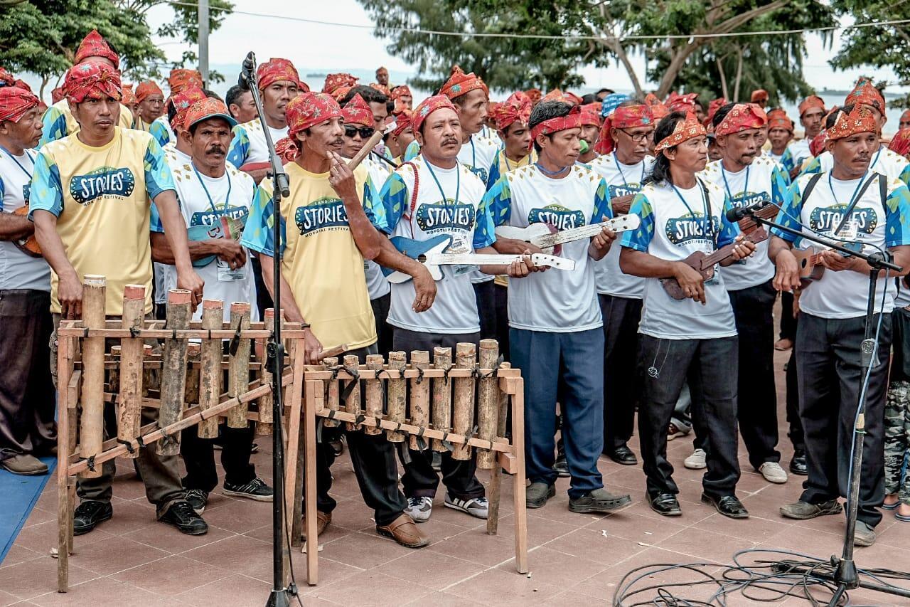 Kisah Pecahnya Rekor Muri Pertunjukan Musik Bambu Tada