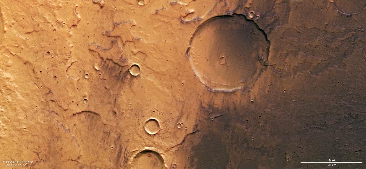 Wahana Eropa Memotret Dataran Tinggi di Mars