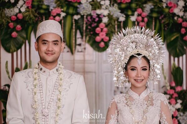10 Referensi Baju Pernikahan Adat Minang, Indah & Mewah!